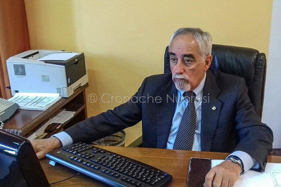 il sindaco di Bosa Luigi Mastino