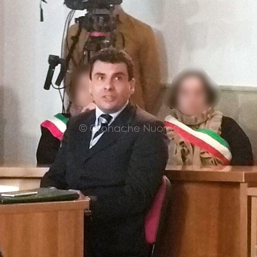 Il capitano Fabio Saddi durante la deposizione (foto Cronache Nuoresi)