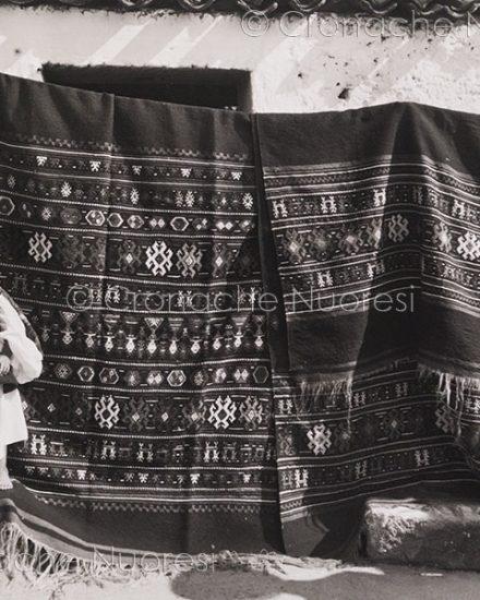 Oliena, uno degli scatti di Thomas Ashby in mostra all'ISRE (foto S.Novellu)