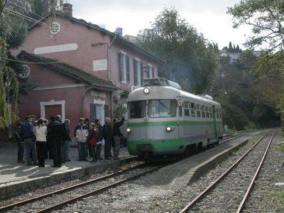 Il trenino verde alla stazione di Belvi-Aritzo (foto archivio ARST)