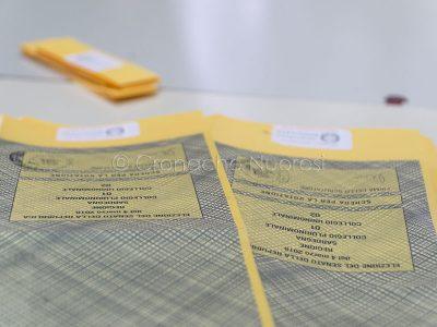 Nuoro, operazioni di voto (foto S.Novellu)