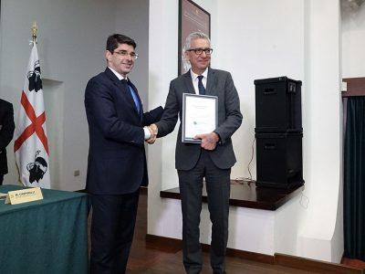 Il presidente Francesco Pigliaru e il direttore dell'EFI Marc Palahi