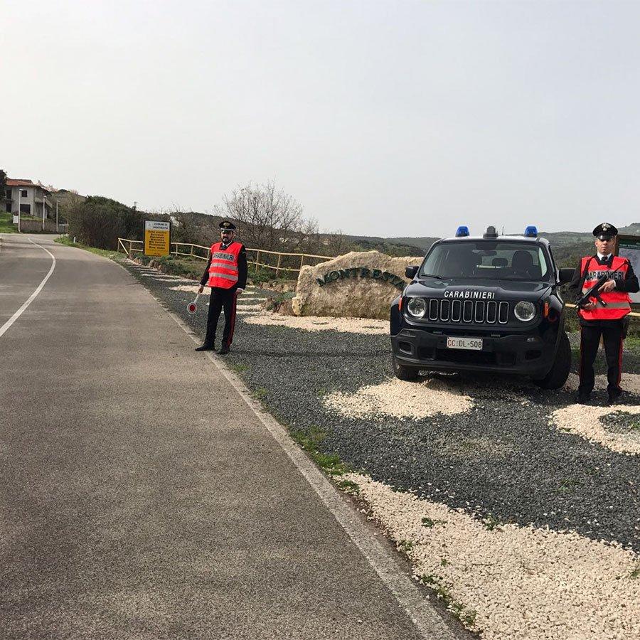 Carabinieri a Montresta
