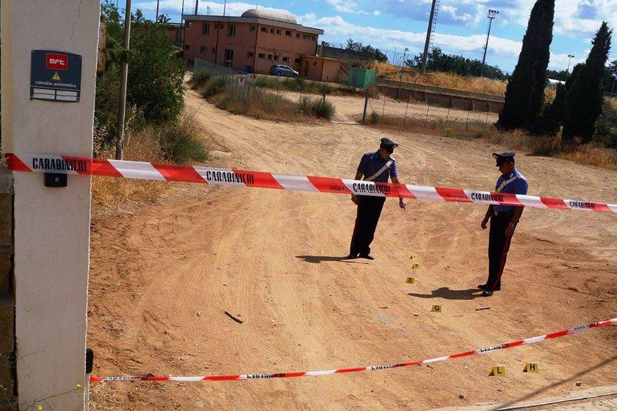Carabinieri sul luogo della rissa