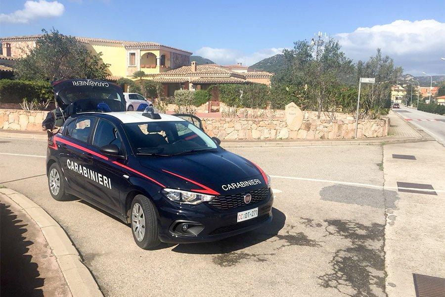 Carabinieri alla Caletta di Siniscola