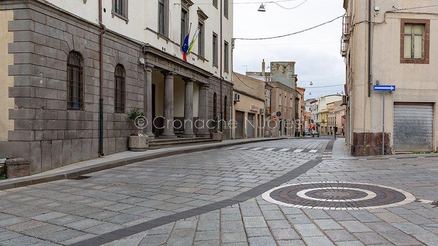 Macomer, il Corso e il Comune (foto S.Novellu)