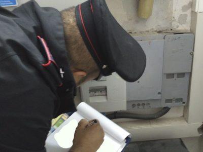 Il controllo dei Carabinieri sui contattori elettrici