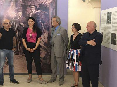 L'inaugurazione della mostra di Guido Costa