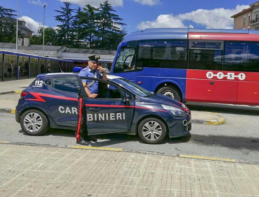 I Carabinieri alla stazione dell'ARST