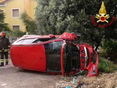 Macomer. L'auto dopo l'incidente