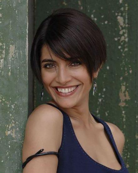 Un ritratto dell'attrice Caterina Murino