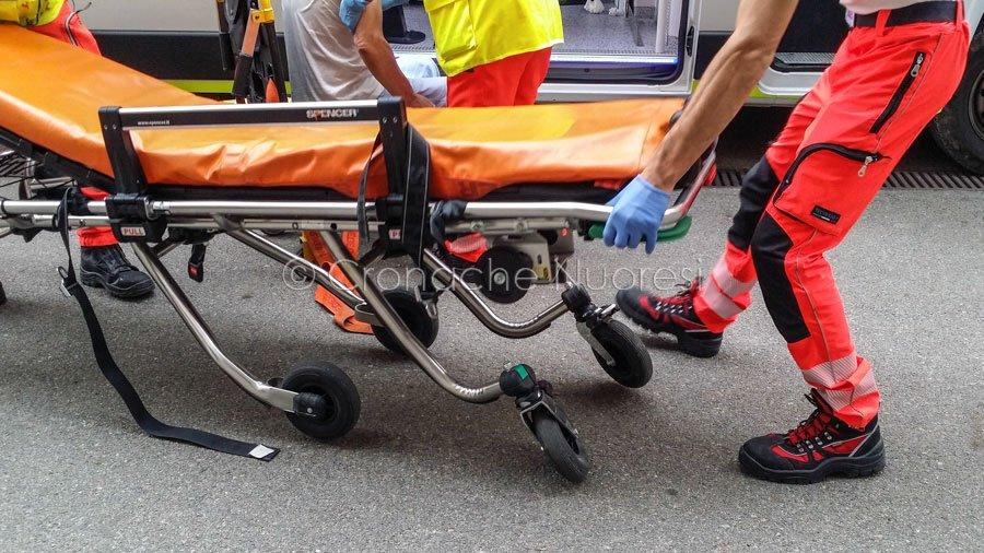 Schianto frontale a Oristano: muore edicolante di 54enne