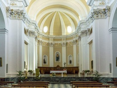 Nuoro, interno della Cattedrale di S.Maria della Neve (foto S.Novellu)