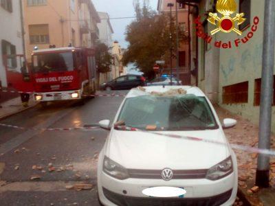 Nuoro, danni alle auto in via Piave