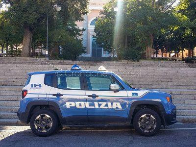 Nuoro. Un'auto della Polizia (© foto S.Novellu)