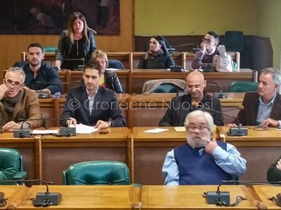Un momento del consiglio comunale di oggi (f. C.Nuoresi)