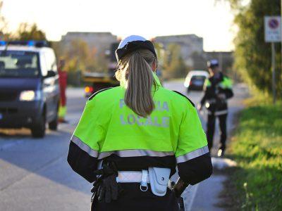 Un'agente della Polizia Municipale
