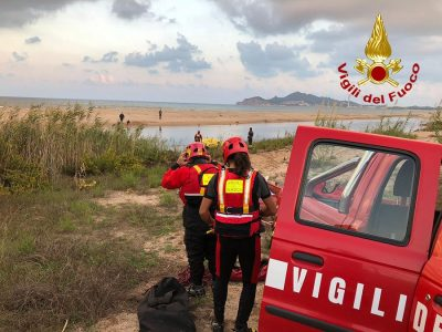Vigili del fuoco sulle rive del Taloro