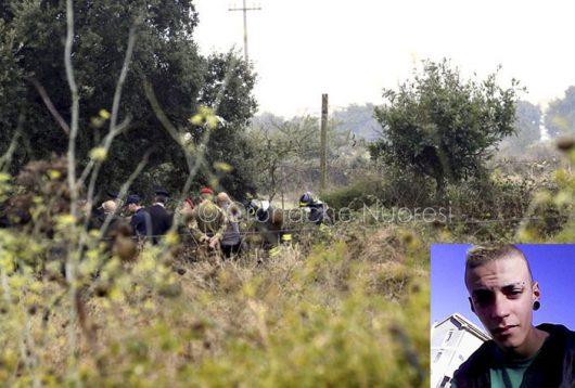 Il ritrovamento del corpo del giovane e nel riquadro in basso Manuel Careddu