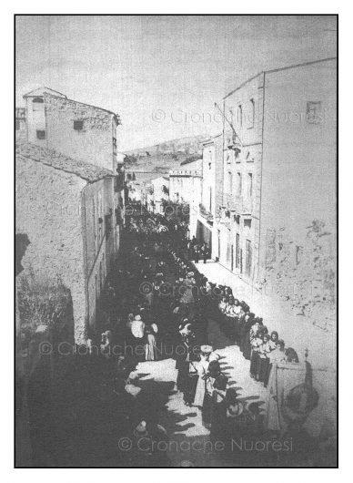 1909. Il Comune di Nuoro a Palazzo Mereu (Archivio M.Pintore - © Cronache Nuoresi - Tutti i diritti riservati)