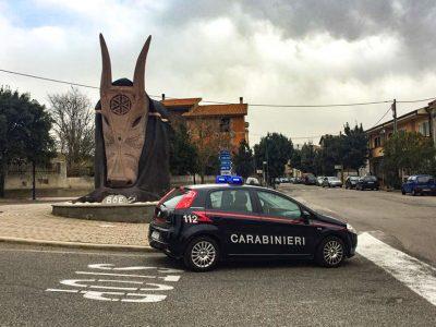 Ottana, una pattuglia dei Carabinieri
