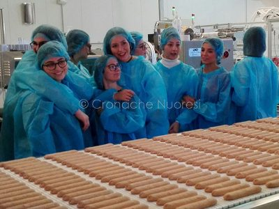 Alcune studentesse durante la visitaAlcune studentesse durante la visita