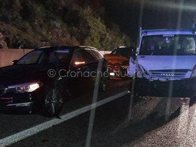 Tre dei mezzi coinvolti nell'incidente