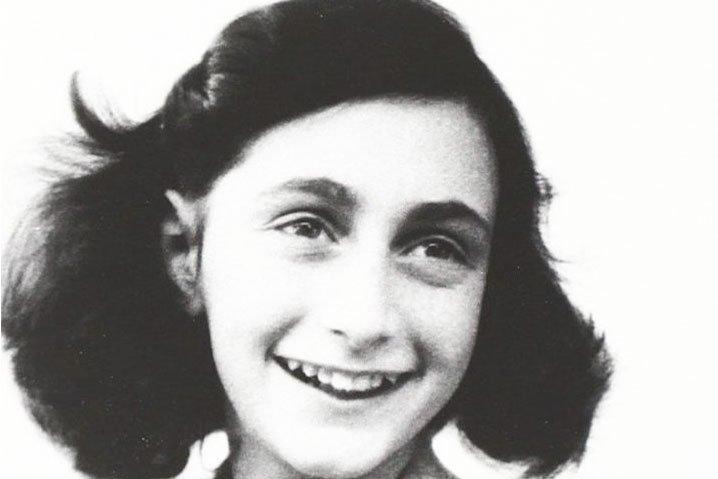 """Anne Frank a Nuoro . """"La  mostra"""" dal 28 gennaio alla Biblioteca Satta"""