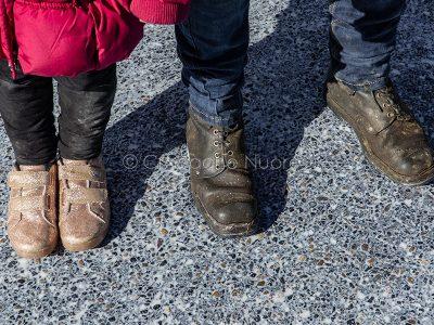 Adulti e bambini protestano contro il prezzo del latte (foto S.Novellu)