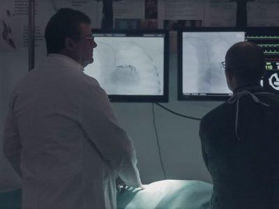 L'assessore Arru nella veste di medico