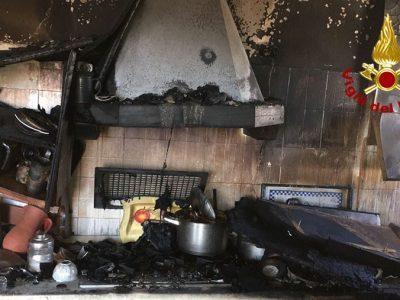 L'incendio divampato a Siniscola