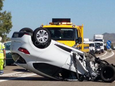 Una delle auto coinvolte nell'incidente (© S.Novellu)