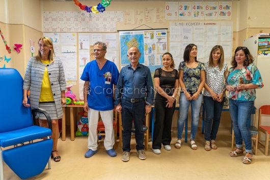 L'Atletica Nuoro dona tre poltrone al reparto di Pediatria del San Francesco (foto S.Novellu)