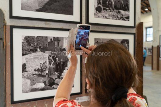Nuoro. Inaugurazione della mostra su Wolfgang Suschitzky (foto S.Novellu)