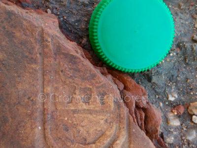 Uno dei reperti trovati a Loculi durante gli scavi