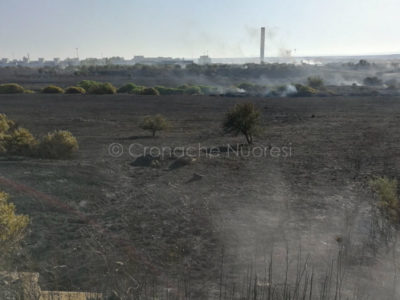 Incendio nella zona industriale di Ottana