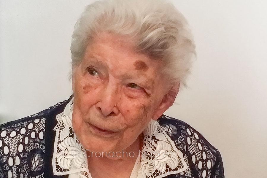 La centenaria Maria Teresa Mameli il giorno del suo compleanno