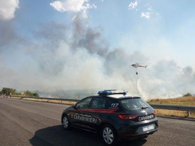L'incendio nella zona industriale di Ottana