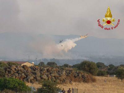 L'intervento dei Vigili del fuoco nelle campagne dei Dualchi