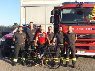 ll Giro d'Italia in bicicletta del Vigile del fuoco Flavio Marotto