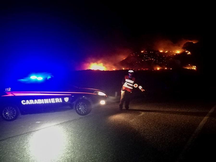 Incendio nelle campagne di Bosa