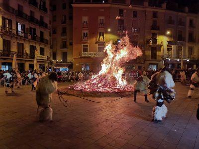 L'esibizione dei Merdules alla fiera Mediterranea della Catalogna