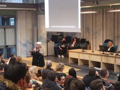 Il rettore Maria del Zompo durante il seminario
