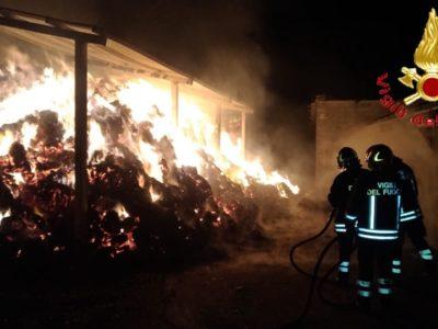 L'intervento dei VFF sul luogo dell'incendio