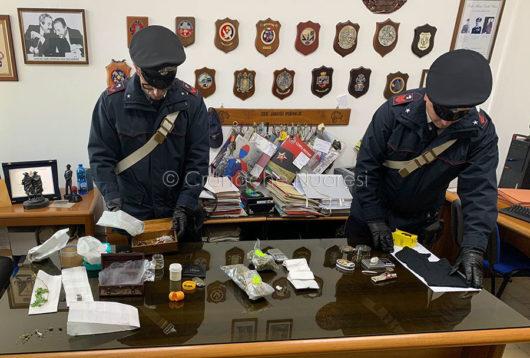 Droga e munizioni sequestrate a Tortolì