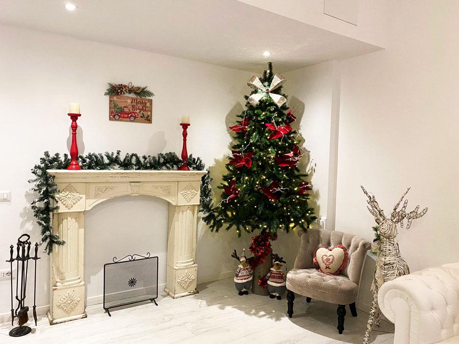 Il salotto natalizio di Suite 160