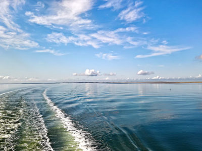 La scia di un traghetto