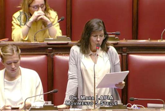 L'onorevole Mara Lapia durante l'intervento in Parlamento