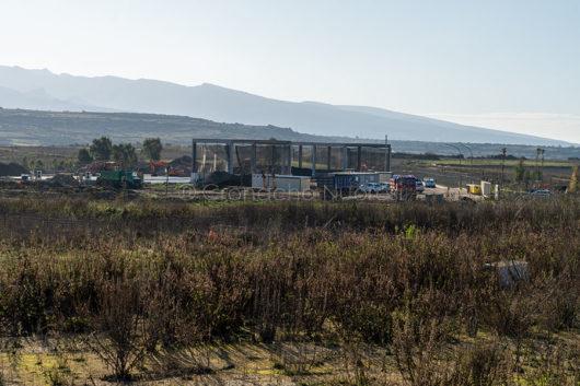 Magomadas. Lo stabilimento GeCo interessato dalle fiamme (foto Cronache Nuoresi)