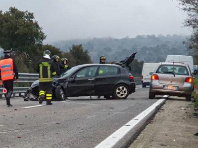 L'Alfa Romeo dopo lo scontro sulla 13 DCN
